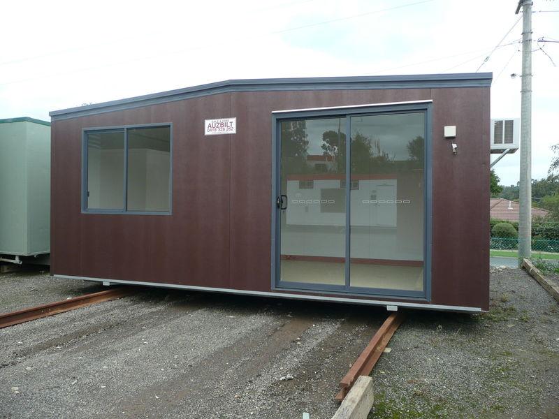 6x3 Bronze Cabin