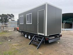 6M X 2.4M TRAILER MOUNTED LUNCH ROOM